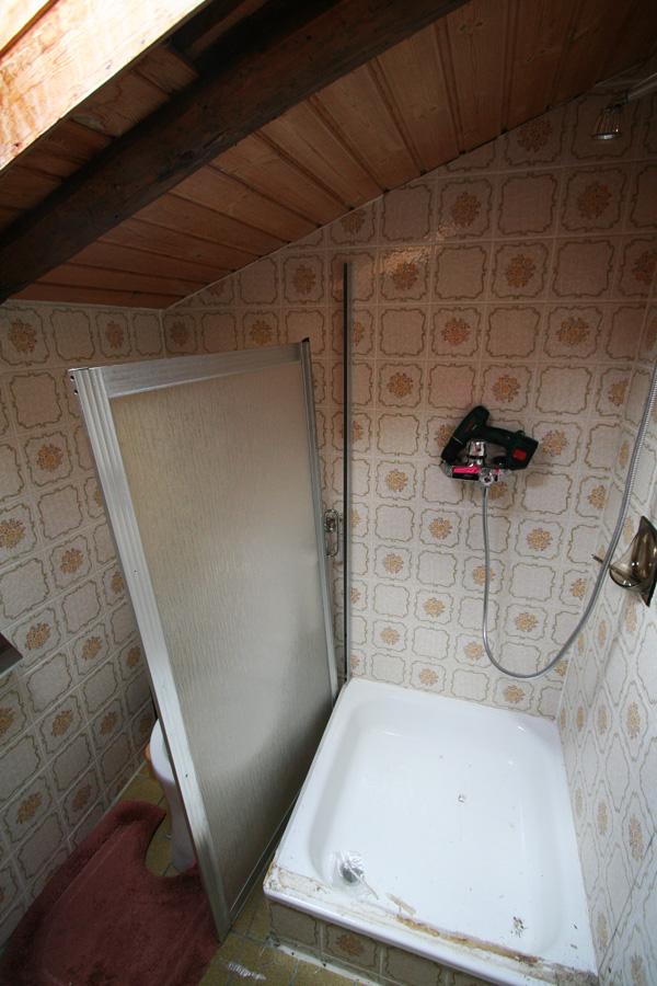 demonteren toiletten de Berghut Rauris Oostenrijk pension