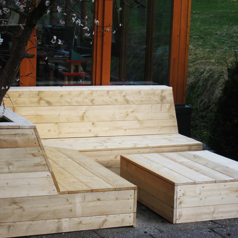 Nieuw relaxhoekbank op het terras de berghut - Hoe dicht terras ...