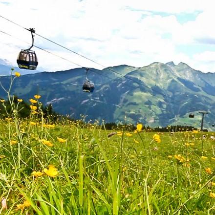 skilift zomer Rauris Salzburgerland Oostenrijk Zell am See dorp Hohe Tauern bergen vakantieadresje in hotel pension de Berghut Rauris Oostenrijk