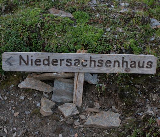 bergwandelen naar berghut Niedersachsenhaus in het raurisertal vanuit de Berghut (10 van 20)