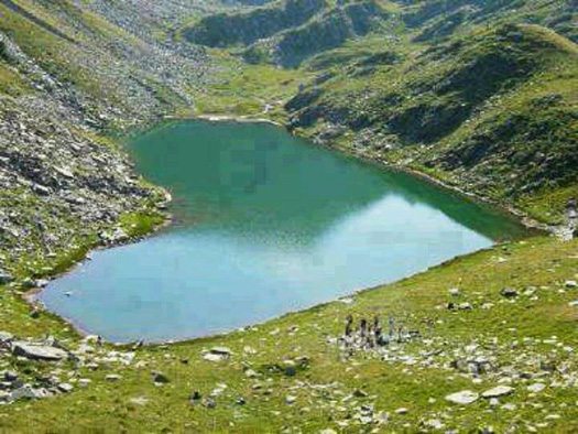 hartjesmeer in Pakistan Lake in Gilgit, Pakistan