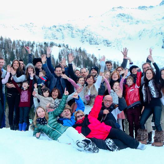 trouwen in de bergen in de sneeuw bruiloft in oostenrijk winterwedding berghutbruiloft (1)