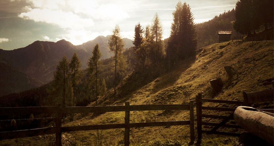 _uitzicht vanaf het Berghutje smalle foto