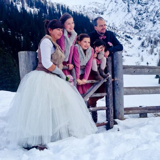 created memories winter 2014 deberghut.com wintersport kleine kinderen kleinschalige accomodatie kinderopvang (14 van 34) trouwen in Oostenrijk in de bergen in de sneeuw