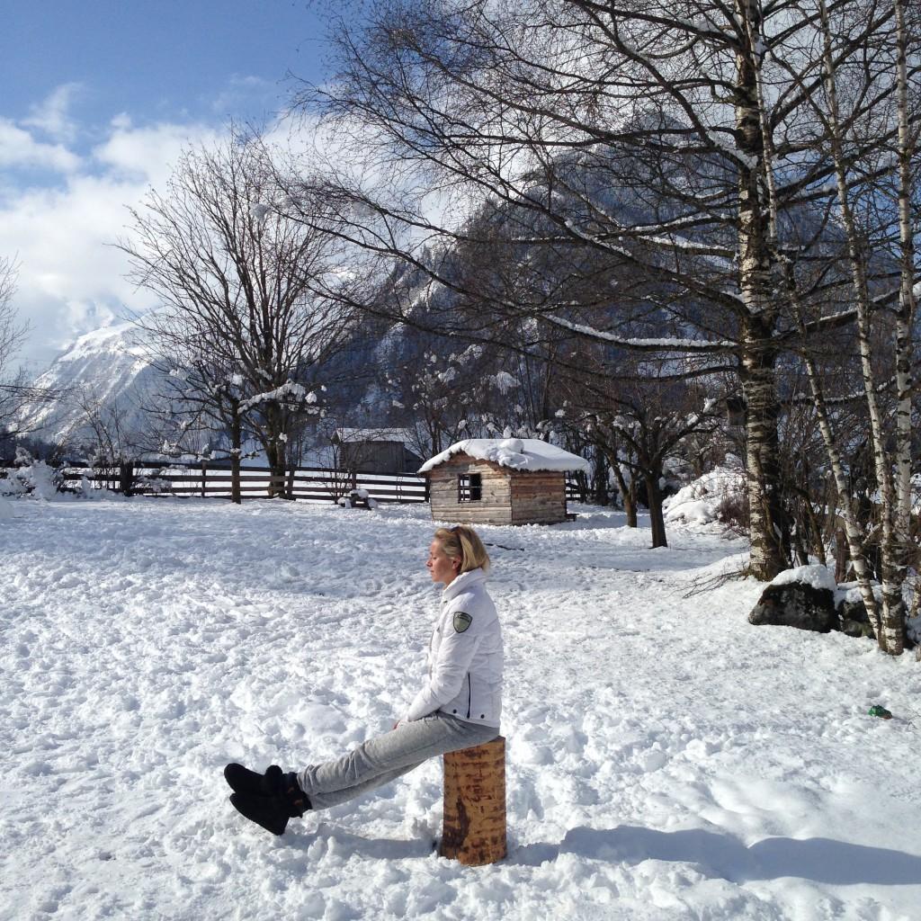 in stilte genieten in de sneeuw bij de Berghut.com