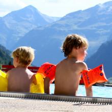 zwemmen Rauris deBerghut.com Oostenrijk vakantie kleine kinderen
