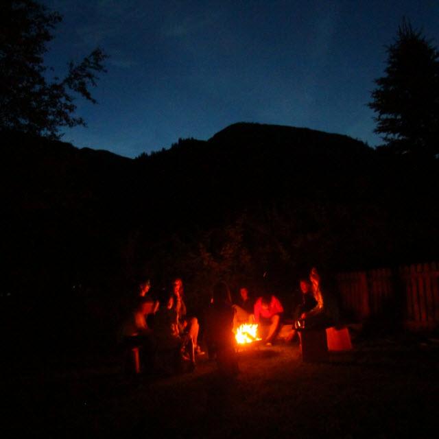 __ kampvuur de Berghut.com Oostenrijk actieve vakantie met kinderen Rauris pension accomodatie bergen