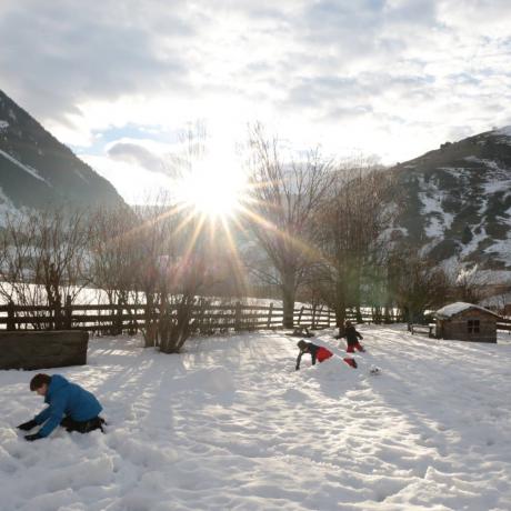 de Berghut Appartemten Apartments kindvriendelijk wintersport wintersportgebied Rauris Oostenrijk Zell am See skiën (1)
