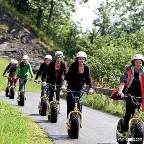 de Berghut appartementen zomervakantie kindvriendelijk vakantiewoningen Rauris Oostenrijk Salzburgerland Scooter Step