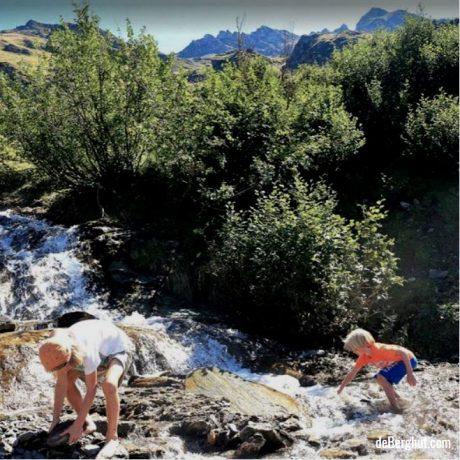 de Berghut appartementen zomervakantie kindvriendelijk vakantiewoningen Rauris Oostenrijk Salzburgerland beekjes ravotten website